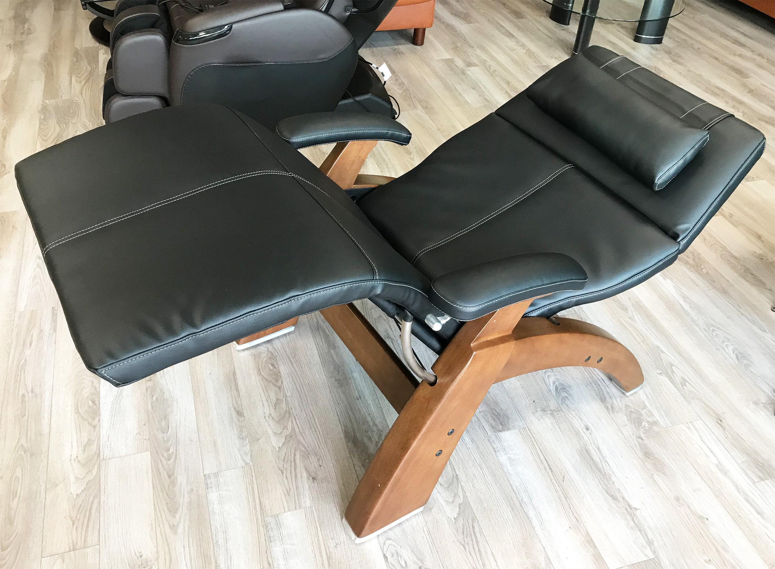 Black Premium Leather Pc 420 Classic Manual Plus Perfect Zero Gravity Chair Ergonomic Recliner